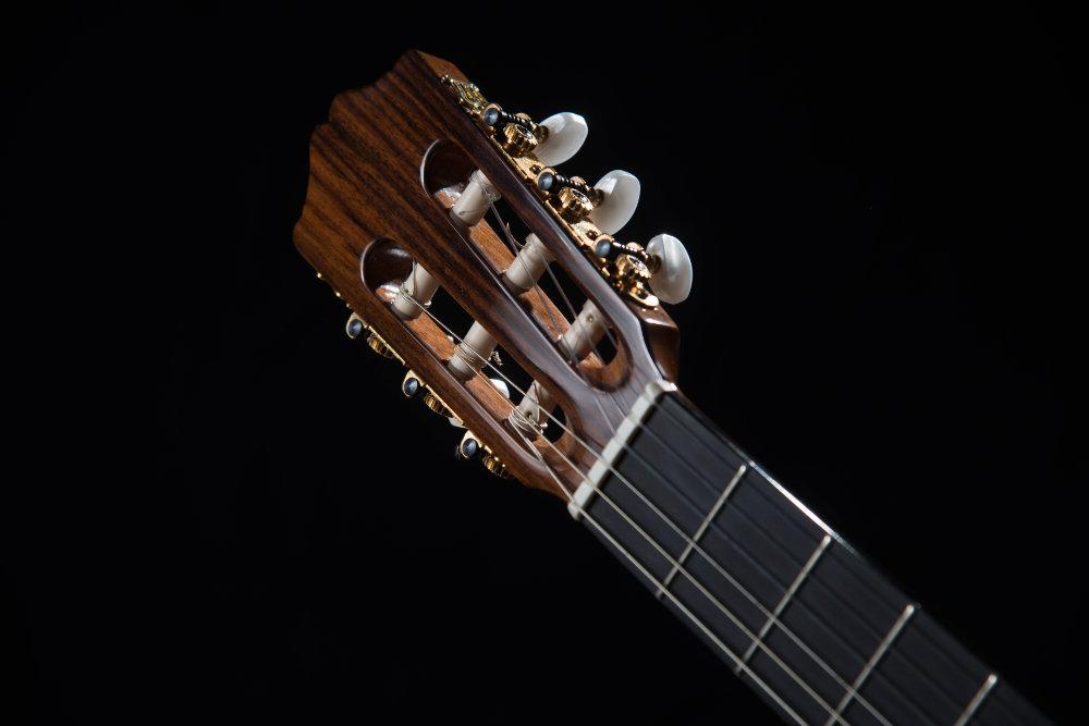 Nahaufnahme Gitarrenkopf